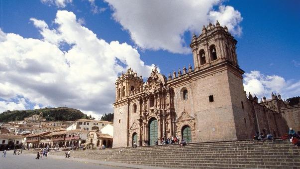 ¿Dónde están ubicadas las puertas santas en las principales ciudades religiosas de nuestro país?
