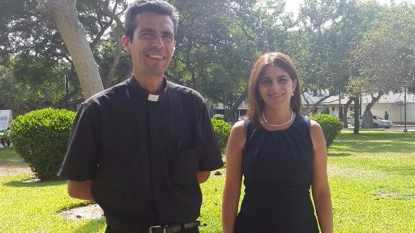 Sara Abu Sabbah y padre Carlos Rossell de Almeida
