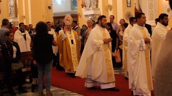 Obispo dice que dio la recomendación por quiénes no votar en los avisos parroquiales.