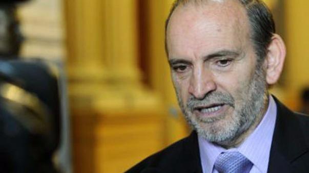 Yehude Simon retiró su candidatura presidencial