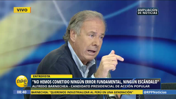 Para Alfredo Barnechea, Verónika Mendoza tiene las mismas propuestas que Gregorio Santos.