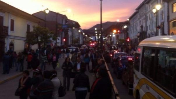 Sismo en Ecuador generó destrozos en diferentes ciudades