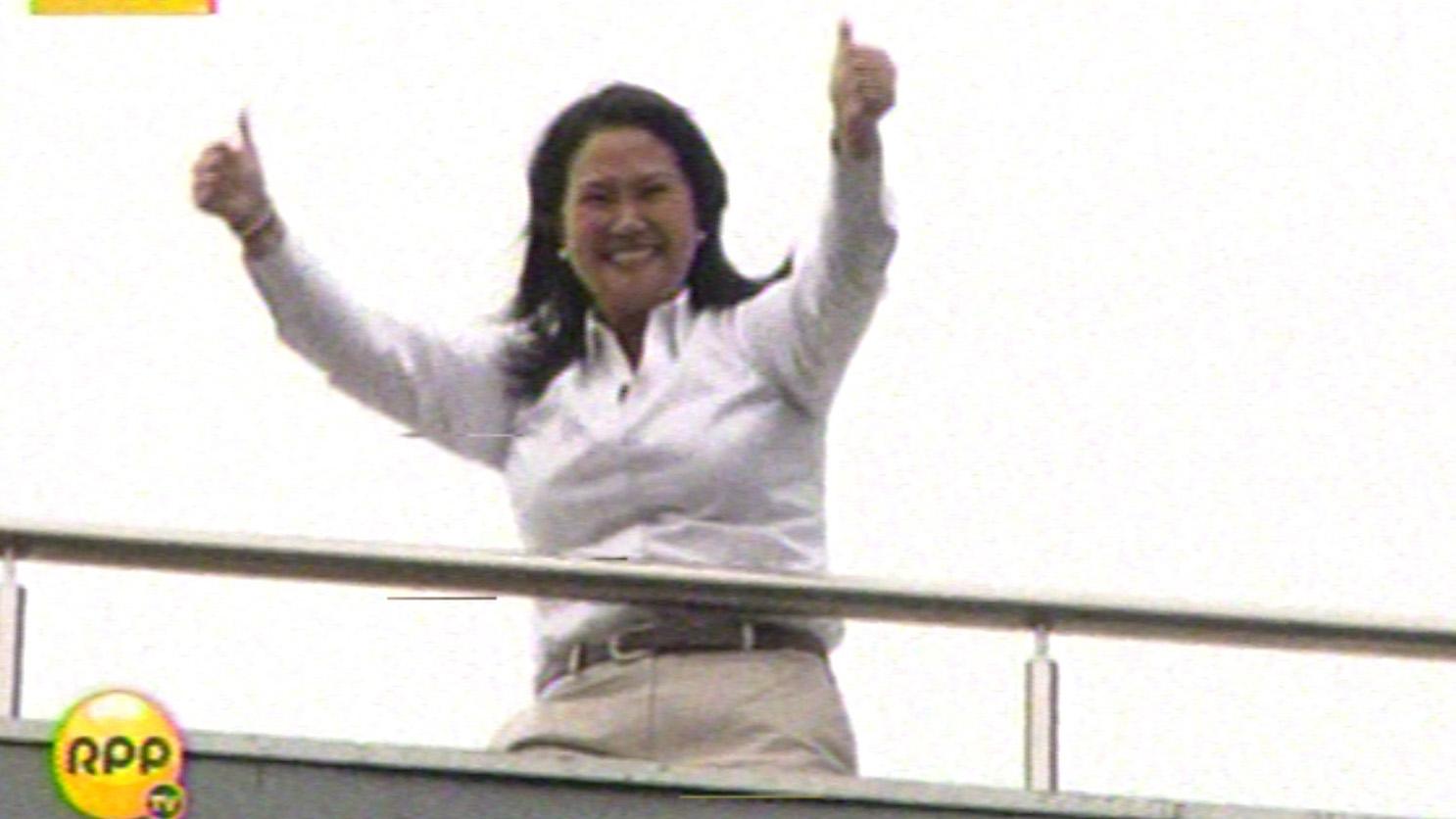 Keiko Fujimori tras conocer los resultados del boca de urna que por el momento le dan un empate técnico con PPK