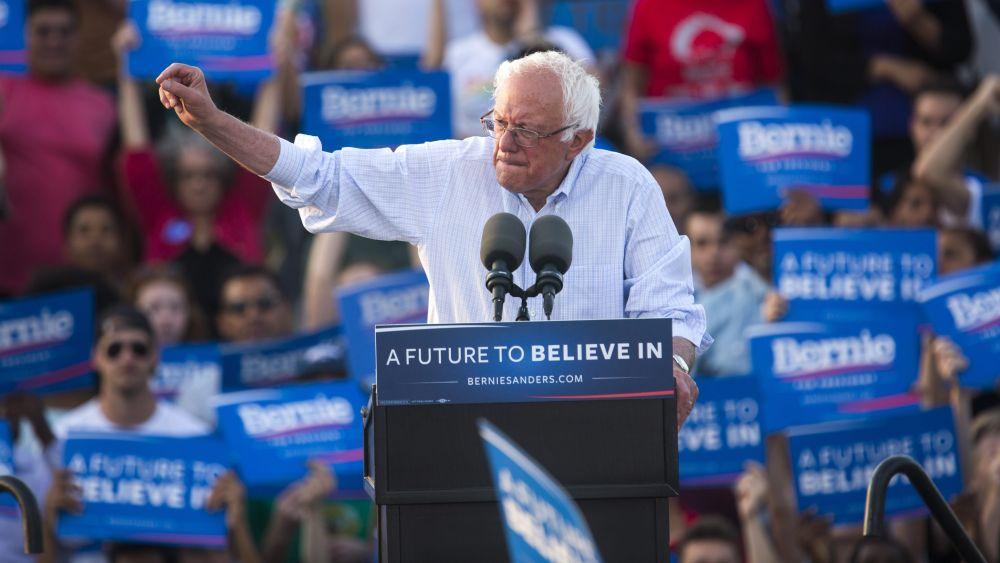 Sanders, ya derrotado, se reunió con sus seguidores antes de las últimas primarias demócratas.