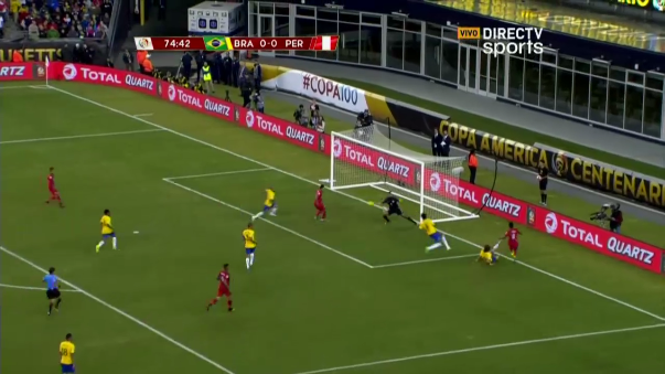 El polémico gol de Raúl Ruidíaz ante Brasil.