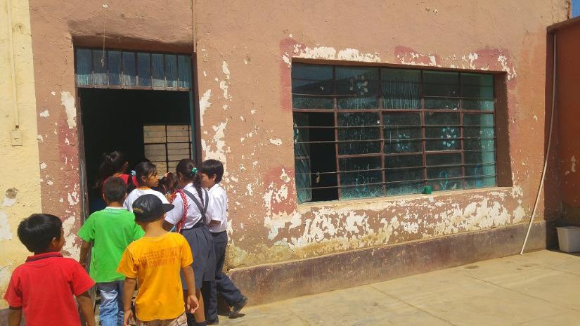 Colegio de Oyotún que está a punto de colapsar recibirá aulas ... - RPP Noticias