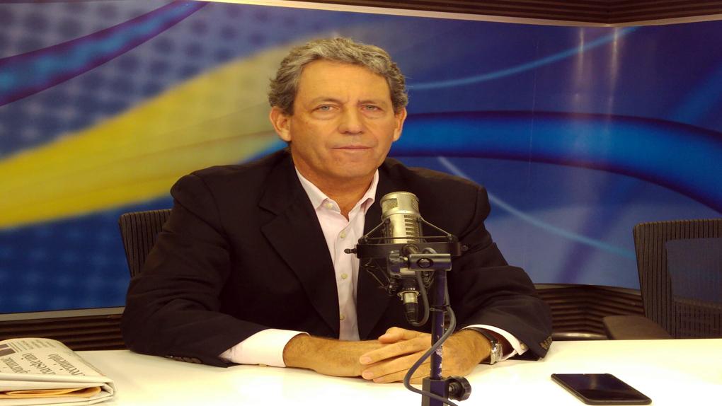 El futuro ministro de Economía y Finanzas, Alfredo Thorne, en entrevista exclusiva con RPP Noticias.