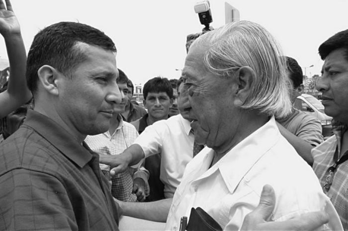 El presidente Ollanta Humala habló de la distancia que tiene con su padre. Reconoció que su paso por la presidencia de la República ha tenido un costo familiar.