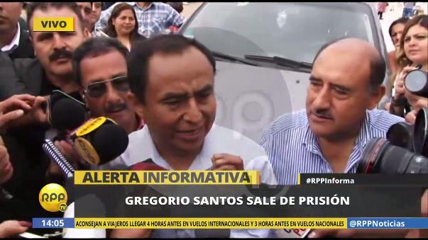 El momento en el que Gregorio Santos sale de prisión.