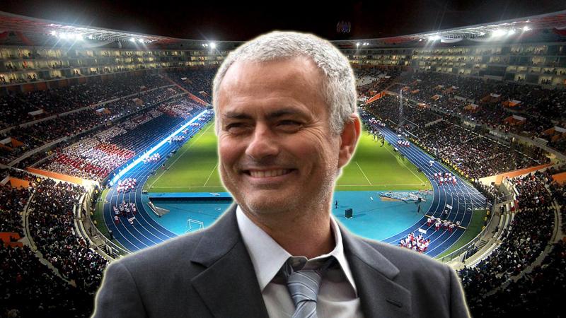 José Mourinho firmó con Manchester United por las próximas 3 temporadas.
