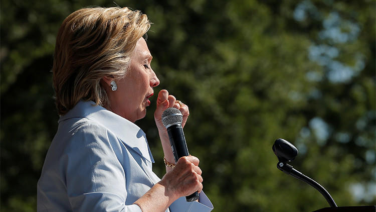 A lo largo de la campaña electoral, Donald Trump ha puesto en duda la salud de Hillary Clinton, quien ha sufrido algunos percances médicos como el de la semana pasada en que tuvo un ataque de tos durante cuatro minutos y