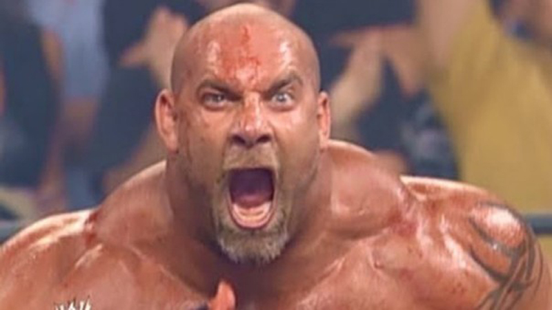 Combate en la WCW. The Big Show no fue esquivo ante la lanza de Bill Goldberg.