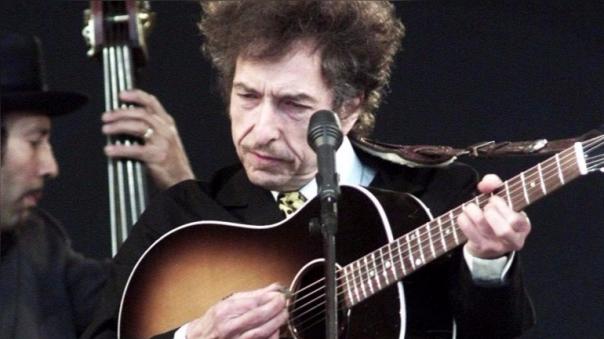 Bob Dylan es el primer músico en ganar un premio Nobel de Literatura.
