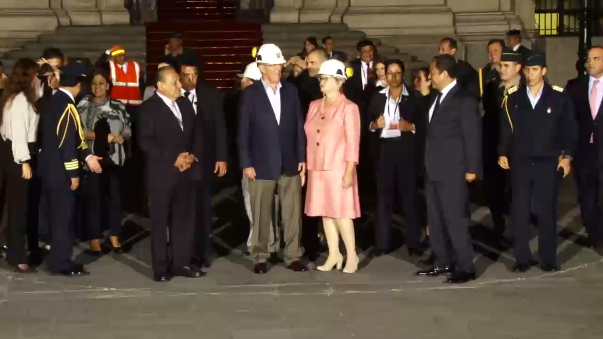 El presidente y sus ministros participaron del simulacro en el Patio de Honor de Palacio de Gobierno.