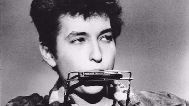 Dylan, de 73 años, ganó el Nobel por su contribuciones poéticas a la canción norteamericana.