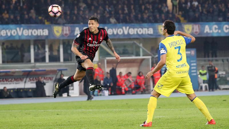 Con este triunfo, el Milan suma 13 puntos de los últimos 15 posibles.