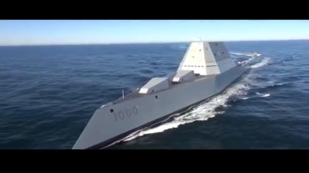 El buque durante sus pruebas en el Océano Atlántico.