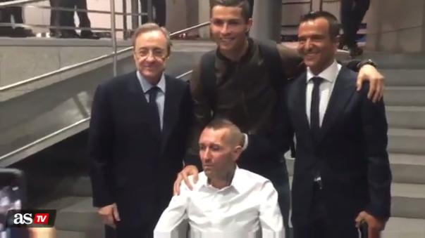 Cristiano Ronaldo se juntó con Fernando Ricksen tras jugar ante Legia Varsovia.