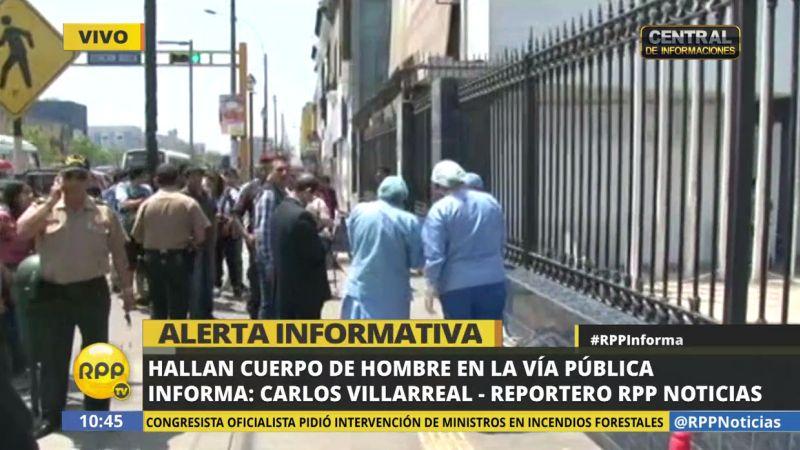 El hombre se desplomó a la altura de la cuadra 10 de la avenida Alfonso Ugarte.