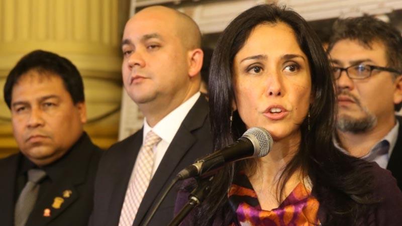 Nadine Heredia y su abogado, Eduardo Roy Gates.