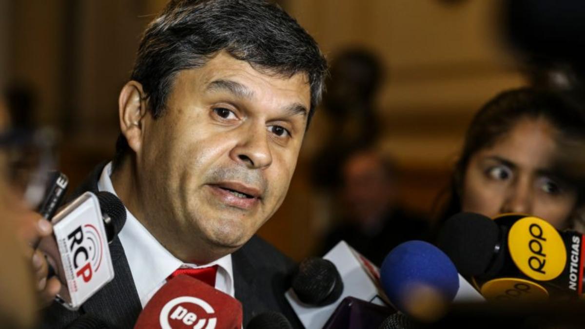 """Santiago Gastañadui calificó de """"vergonzoso"""" que el Congreso haya pedido a la FAO dejar sin efecto el nombramiento de Nadine Heredia."""