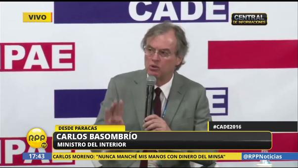 Carlos Basombrío dijo que el Ministerio del Interior volvería a publicar el video donde aparece un hombre deambulando por Larcomar antes del incendio que mató a cuatro personas.