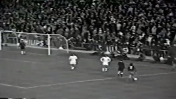 Revive el gol de Johan Sotil tras pase de Johan Cruyff, en la goleada 5-0 del Barcelona sobre Real Madrid.