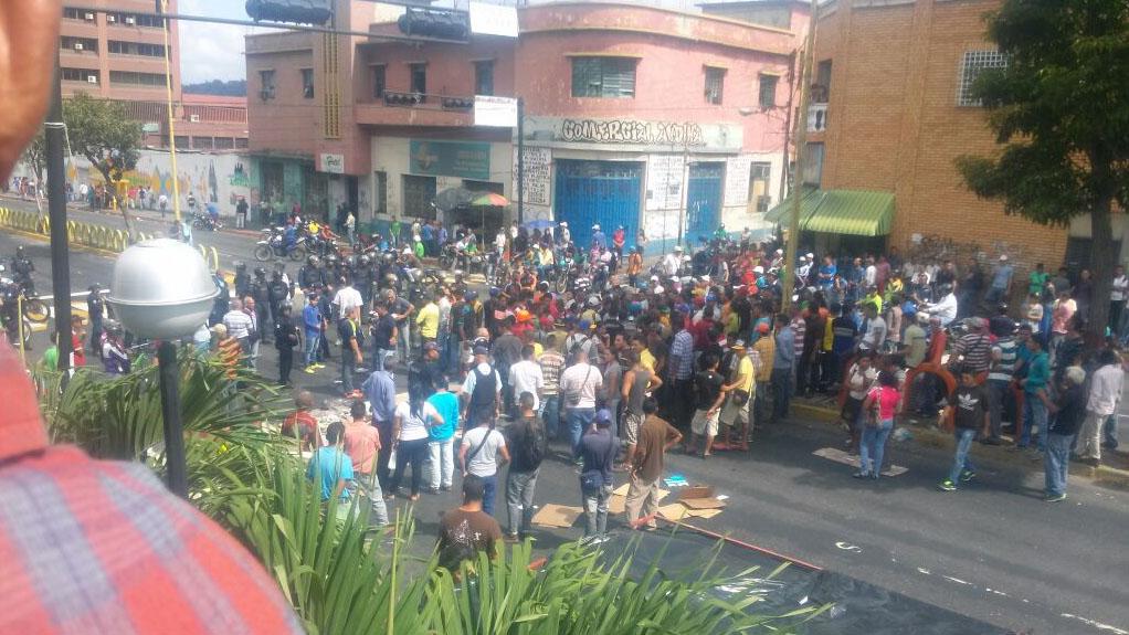 Resultado de imagen para caos en venezuela hoy