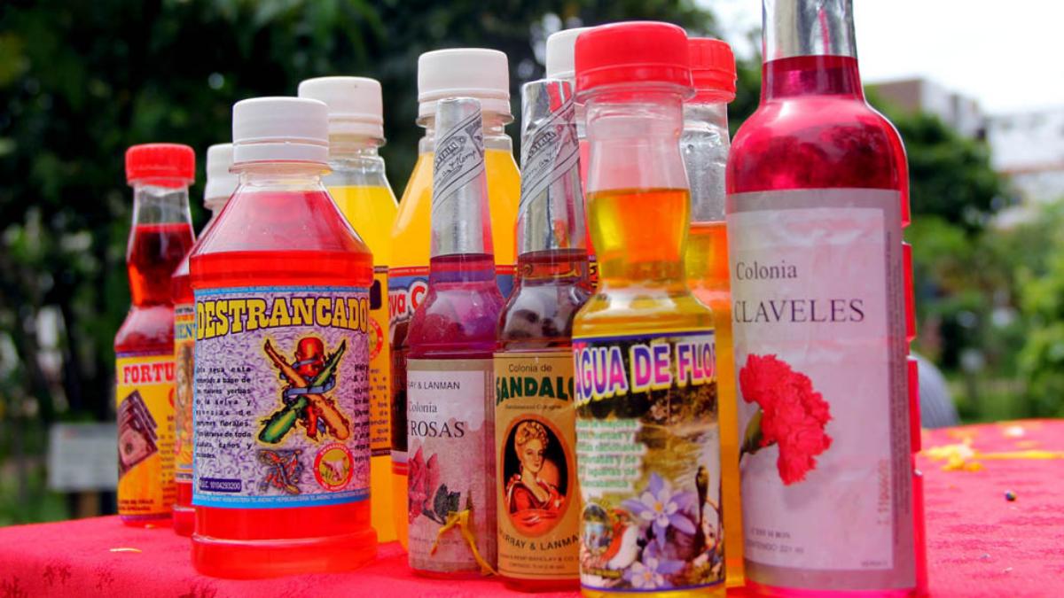 El mayor peligro es que los brebajes contengan metanol, un tipo de alcohol barato de alto grado de toxicidad.