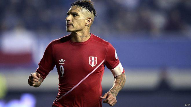 Paolo Guerrero regresó a Brasil para unirse al Flamengo, equipo donde juega desde la temporada 2015.