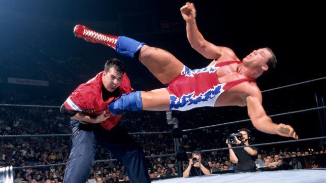 Kurt Angle vs. Shane Mc Mahon en el 2001.