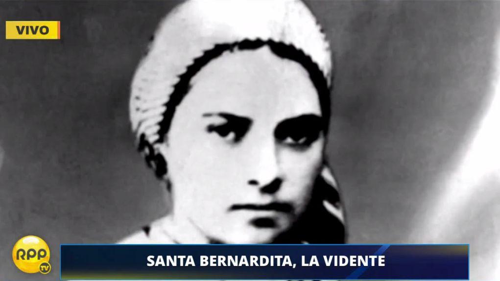 Santa Bernardita vio a la Virgen hasta 18 veces. Fue canonizada por el papa Pío XI.