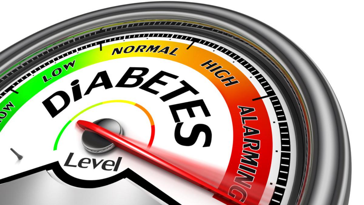 La diabetes causan complicaciones, como enfermedades renales, al corazón, obesidad, entre otras.