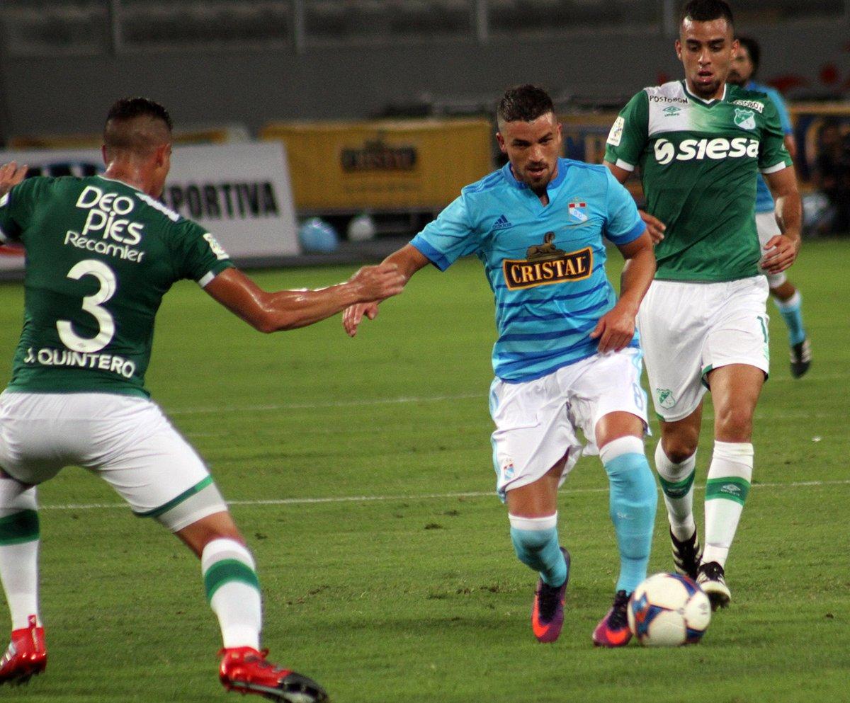 Sporting Cristal venció 1-0 a Deportivo Cali con gol de Gabriel Costa.