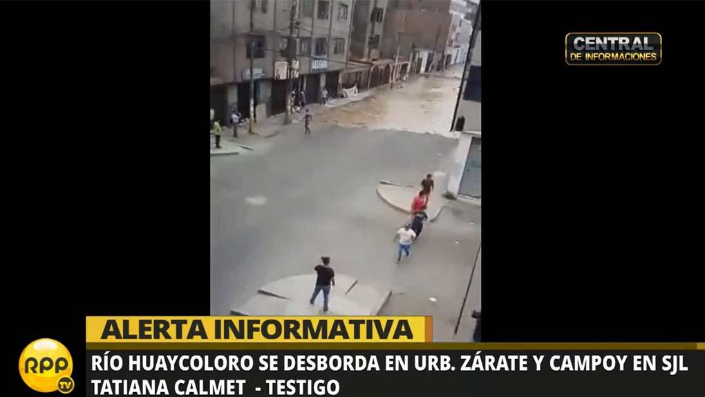Usuarios de las redes sociales compartieron videos de la inundación.