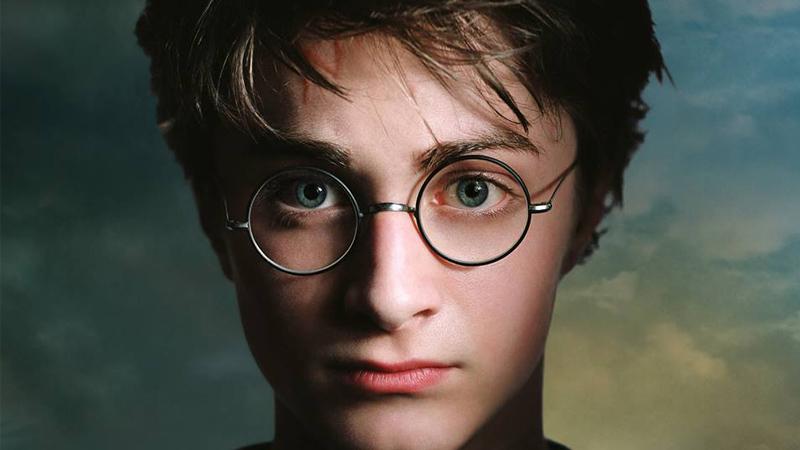 Harry Potter y la Piedra Filosofal fue publicado en el 26 junio de 1997.