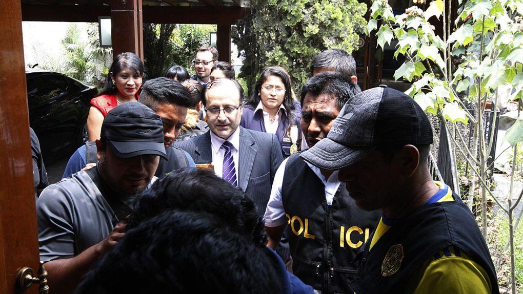 El fiscal Castro lideró la operación.