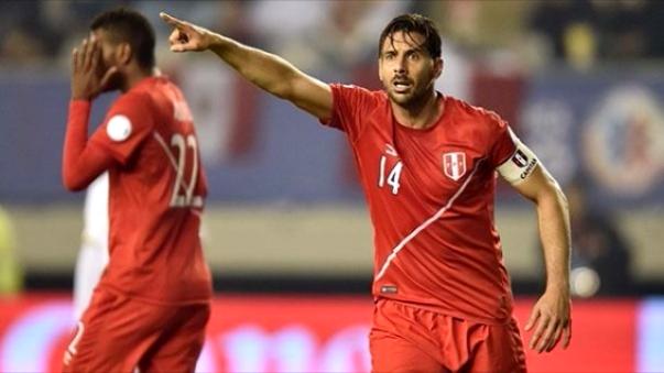 Claudio Pizarro se refirió al nunca antes alcanzado puesto 18 de la Selección Peruana en el ranking FIFA.