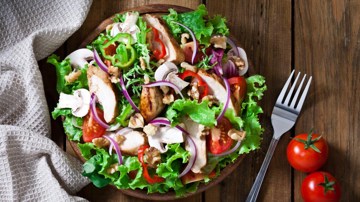 Una alimentación rica en vegetales proporciona energía durante todo el día.