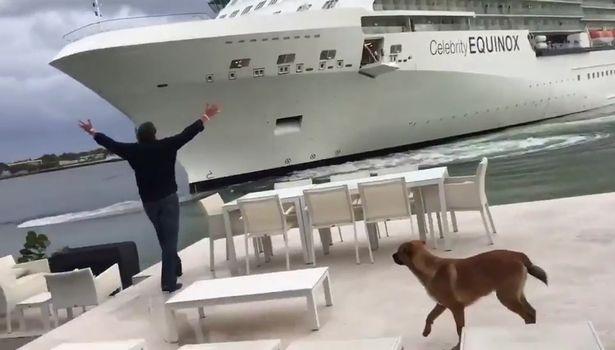 El dueño de la casa salió con los brazos extendidos para advertir al crucero de su peligrosa proximidad.