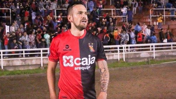 Luis García contó su experiencia con Juan Sebastián Verón en Estudiantes de la Plata.