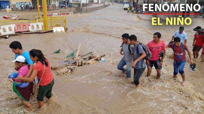 Desborde del río Rímac inunda un sector de Huachipa, al este de Lima.