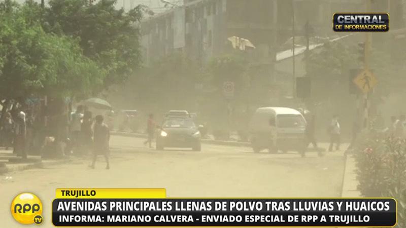 Las principales avenidas de Trujillo llenas de polvo.