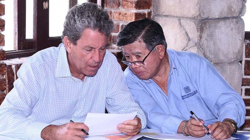 El ministro Thorne dijo que algunos alcaldes temen por los controles de la Contraloria.