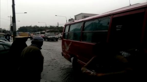 Las calles se convirtieron en charcos de agua.