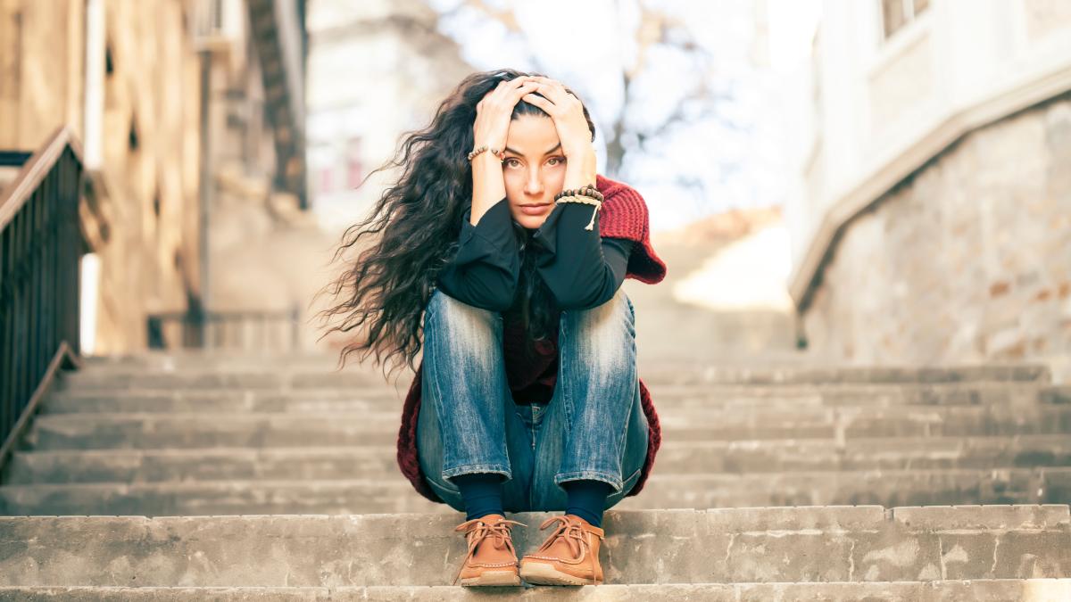 Si no se trata, la depresión se vuelve crónica, generando deterioro en ámbitos social, labora