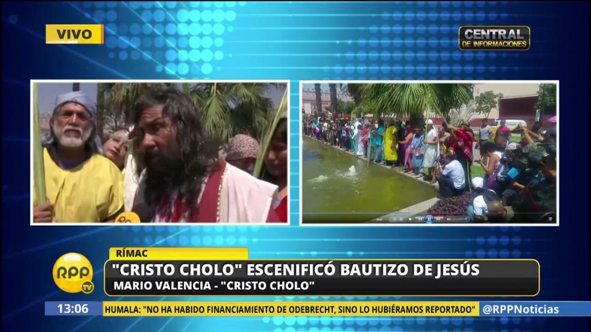 El público siguió el recorrido del 'Cristo Cholo'.