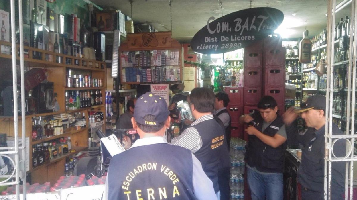 PNP intervino local ubicado en la calle Santo Domingo 413, en el Cercado.