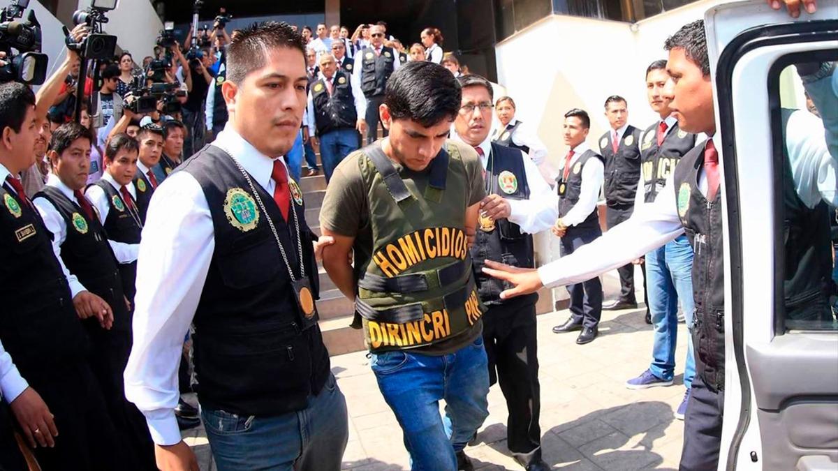 Tras la conferencia de prensa, Zamora fue llevado a la sede del Ministerio Público.