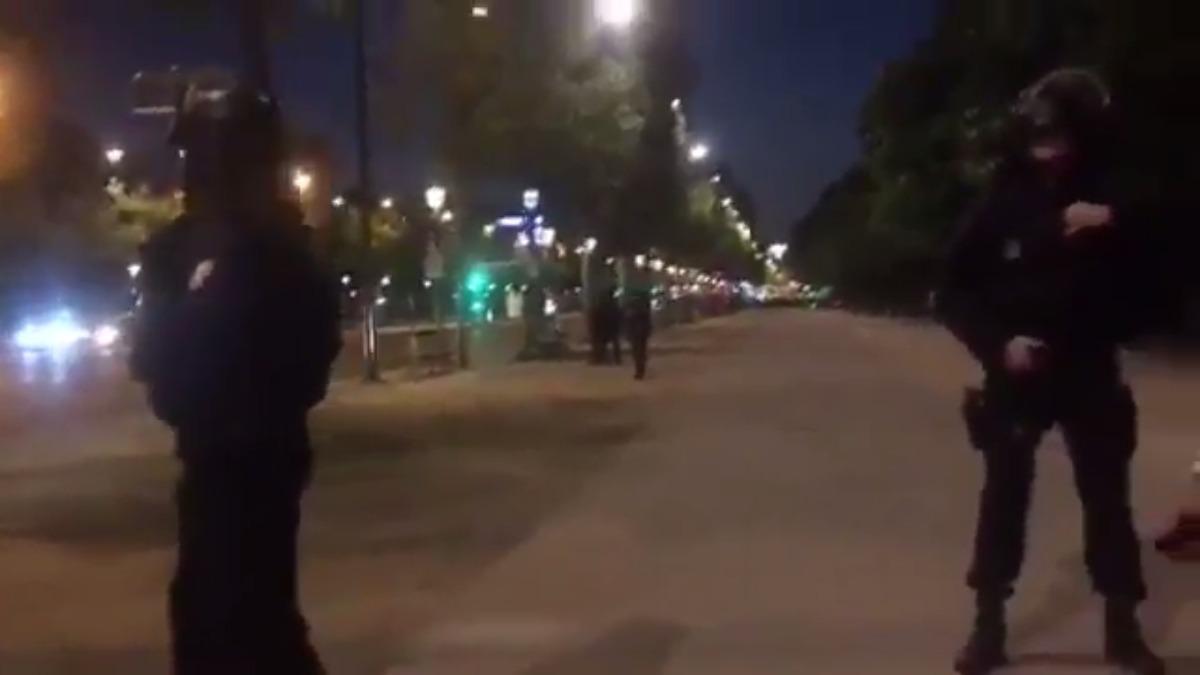 La sección antiterrorista de la fiscalía de París abrió una investigación tras el tiroteo